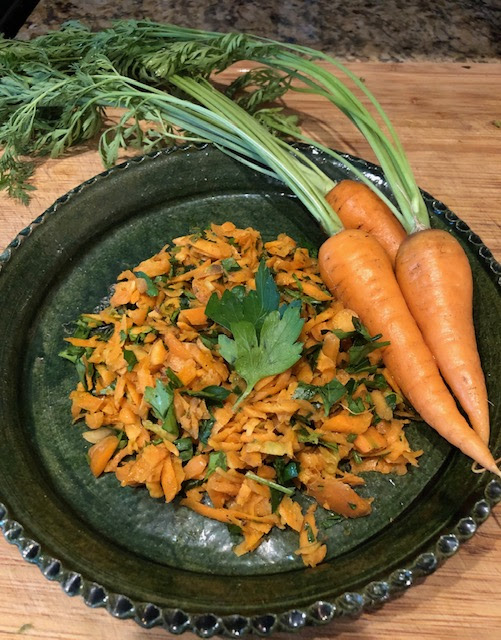 Carrots in a bowl image