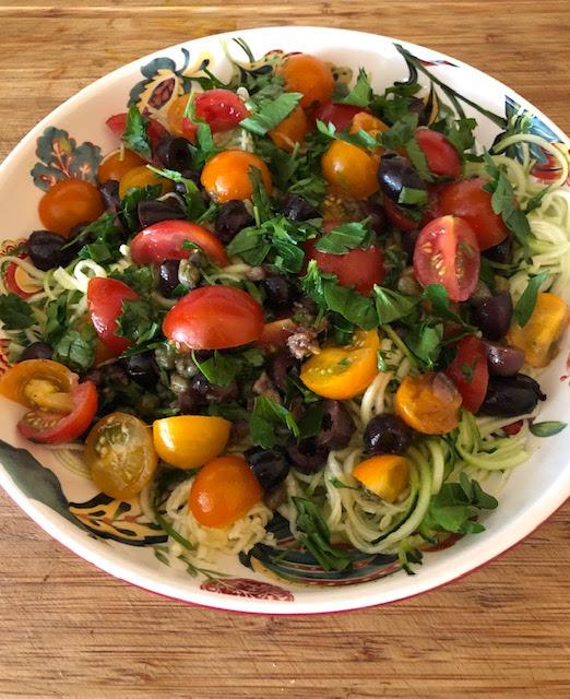 tomato zoodle puttanesca